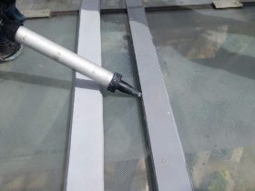Silicone glass roofing sealant